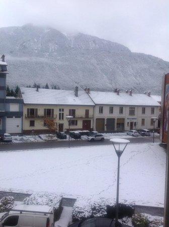 Hotel des Alpes: Winter has come