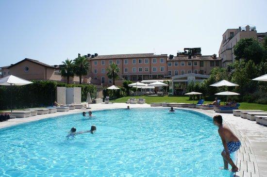 Gran Melia Rome: pool