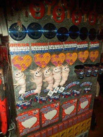 Bubba Gump Shrimp Co Lahaina: The Bubba Gump Shop