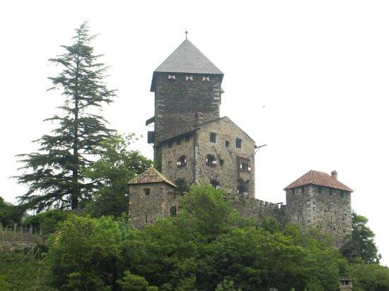 Chiusa - Klausen : Il castello domina il borgo