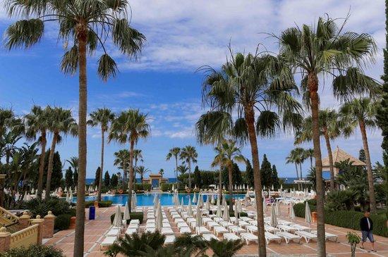 IBEROSTAR Malaga Playa: Blick in den Hotelgarten