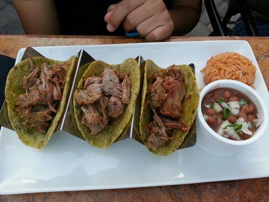 Sabor Cocina Mexicana: Tacos de Carnitas