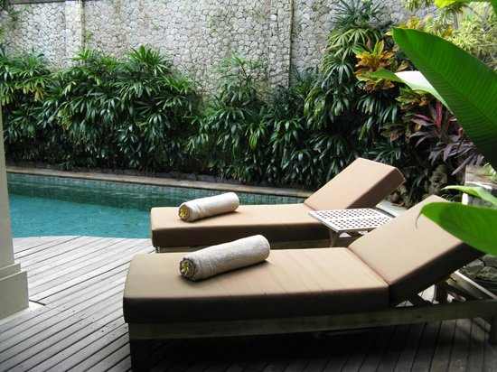 Jamahal Private Resort & Spa: Poolside area