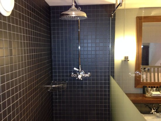 Hotel du Vin York: The shower was great!