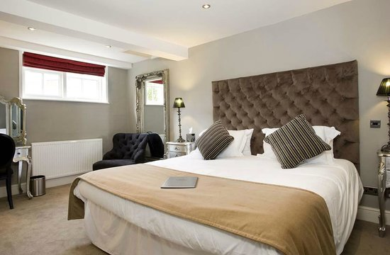 The Townhouse: Room 2