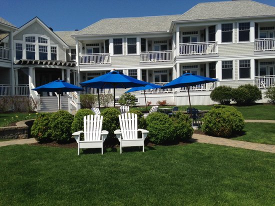 The Beachmere Inn : The place to spend the day
