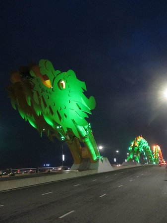 Dragon Bridge: Green head with the humps turning green to gold
