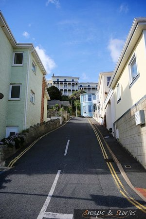 The Wellington Hotel: View from the beach, it is a bit of a climb