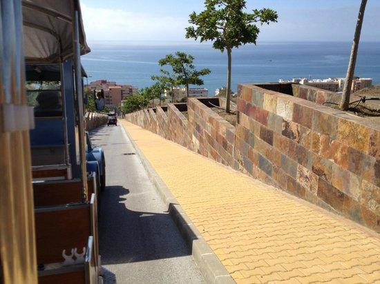 DoubleTree by Hilton Hotel Resort & Spa Reserva del Higueron: train to beach