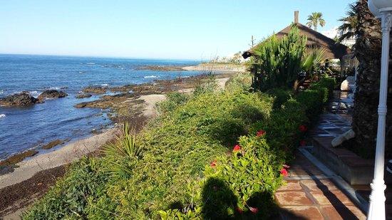 El Oceano Beach Hotel : view