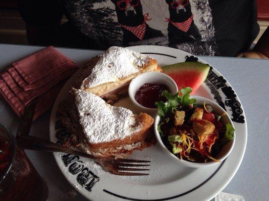 Iron Horse Restaurant: The Monte Cristo