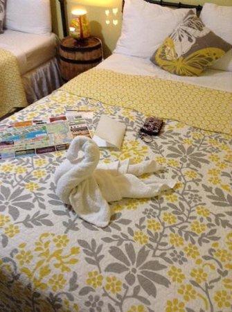 The Rex Motel: swan towel