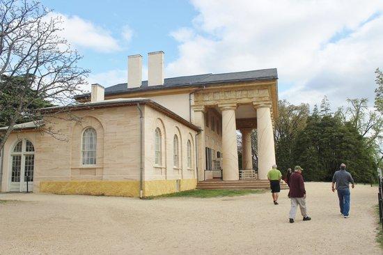 Columned Front Porch - Picture Of Arlington House - The Robert E. Lee Memorial Arlington ...