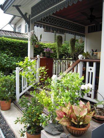 Baan Noppawong: Außenbereich