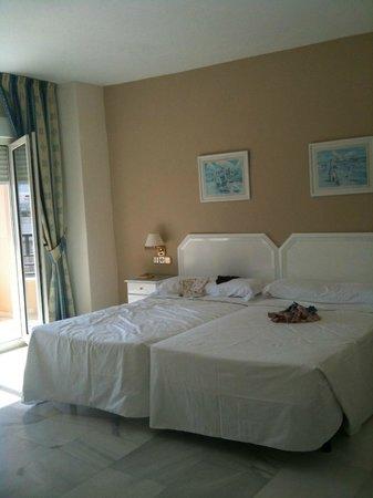 First Flatotel Internacional: Schlafzimmer