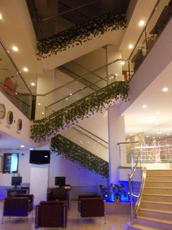 SV Business Hotel Diyarbakir : Lobby