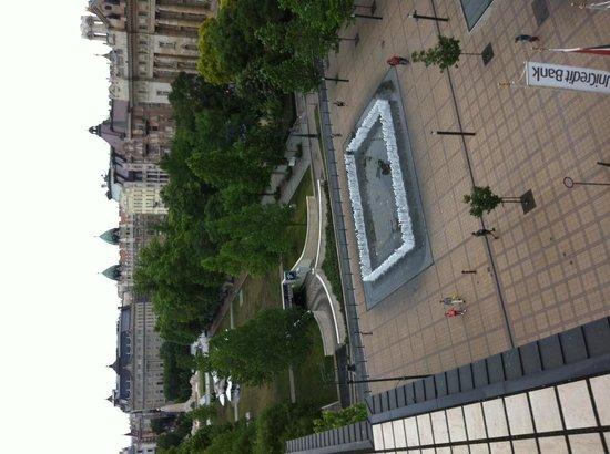IBEROSTAR Grand Hotel Budapest : Vista do quarto