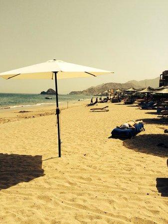 Miramar Al Aqah Beach Resort: The beach
