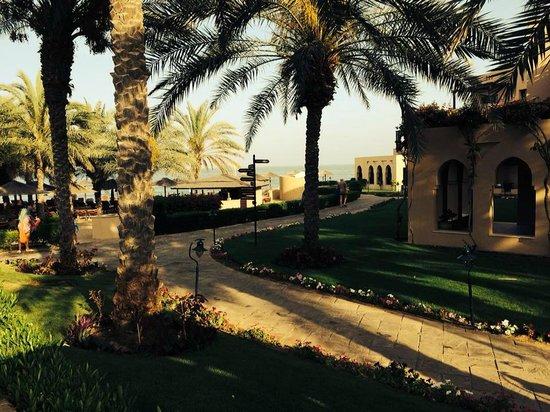 Miramar Al Aqah Beach Resort: The hotel and beach