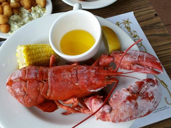 No Name Restaurant : Lobster anyone?