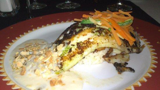 Hotel Yalmakan: pescado almendrado