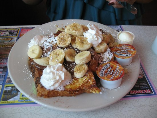 Pink Cadillac Diner: Banana and nutella french toast