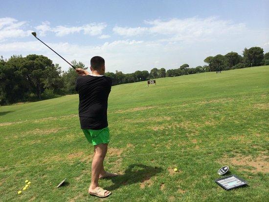 Cornelia Diamond Golf Resort & Spa: Играю в гольф.