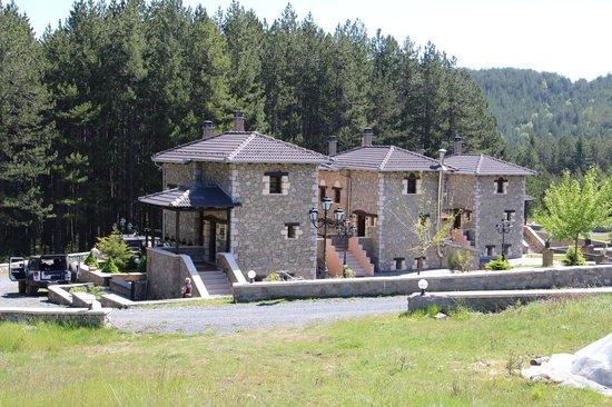 Pindos Resort: Haus von außen