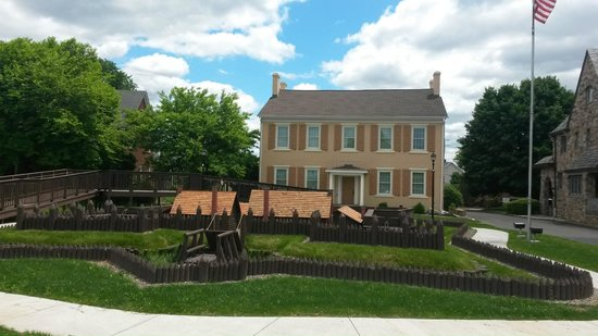 Sunbury, PA: The fort's original headquarters