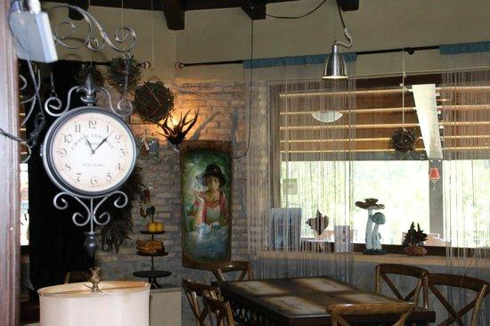 Pindos Resort: Liebevoll eingerichtetes Restaurant
