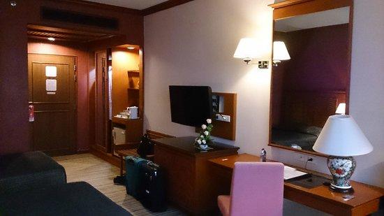 Empress Hotel: Room/suite