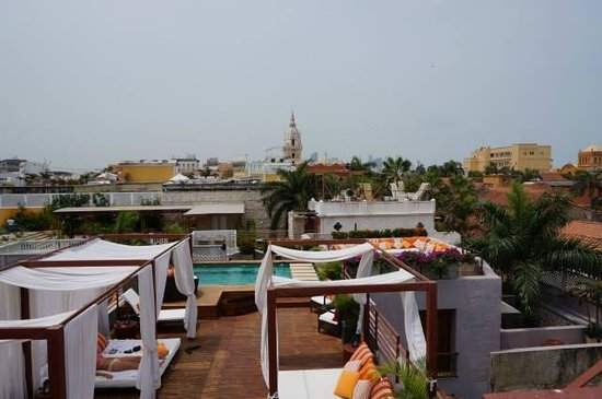 Anandá Hotel Boutique: rooftop pool