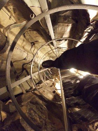 Sirio Hotel: Paricolare della scala all'interno della statua
