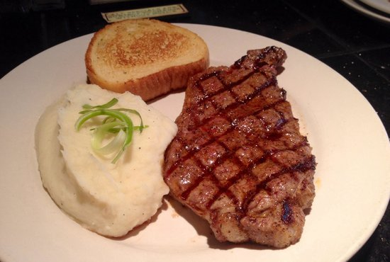 Tomfooleries Restaurant & Bar: Thursday steak deal