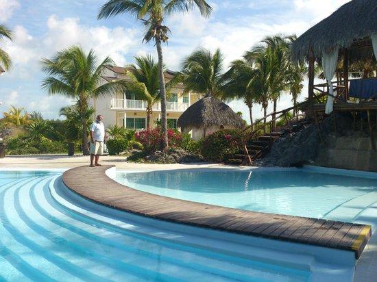 Sol Cayo Largo: parte de la piscina