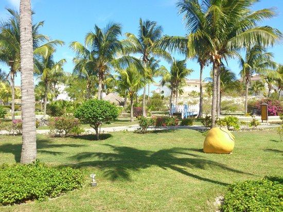 Sol Cayo Largo: Vista del parque perimetral
