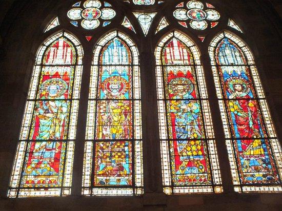Liebfrauenmünster zu Straßburg (Cathédrale Notre-Dame de Strasbourg): Витражи