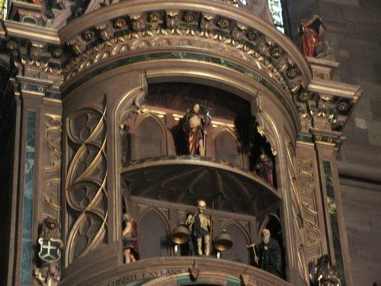 Liebfrauenmünster zu Straßburg (Cathédrale Notre-Dame de Strasbourg): Механические часы