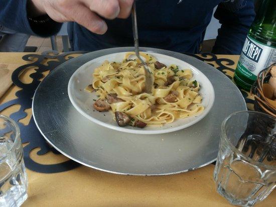 I Ghibellini: Fettuccine ai profumi del bosco
