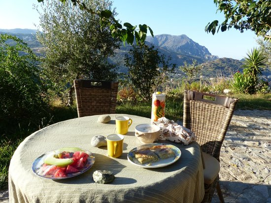 Aoritis Luxurious Traditional Villas: petit dejeuner au top