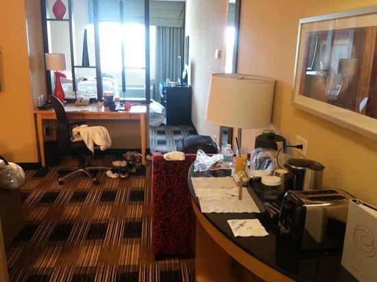 Cambria hotel & suites Miami Airport - Blue Lagoon: Quarto