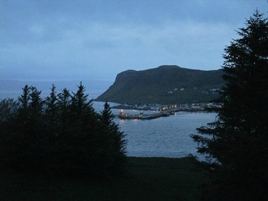 Uig Hotel: Dusk Settling In over UIG Bay