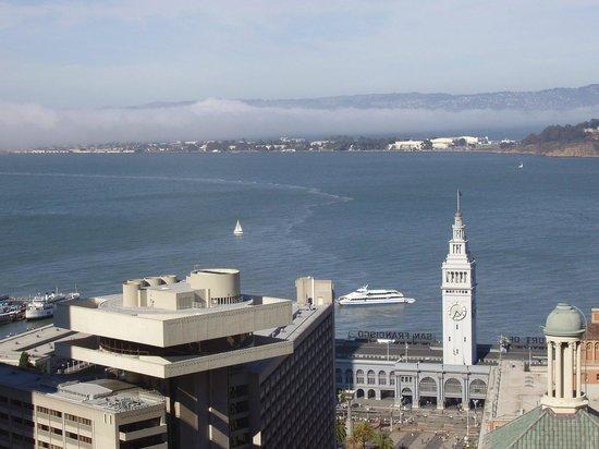 Hyatt Regency San Francisco : Birds eye view of hotel with Regency Club on top