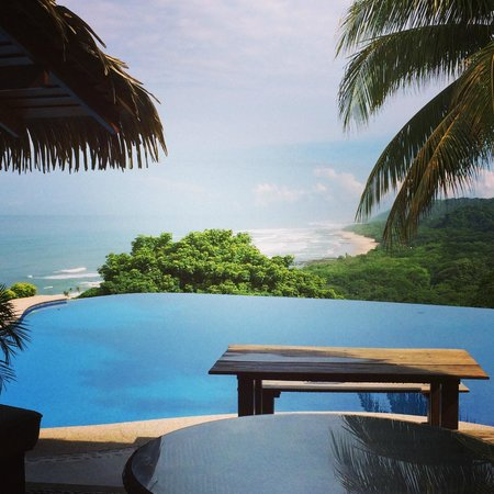 Hotel Vista de Olas: View from the infinity pool