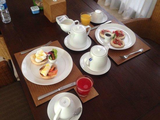 Kampoeng Villa : Breakfast!