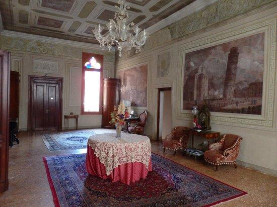 Locanda San Barnaba: salon commun 1er étage