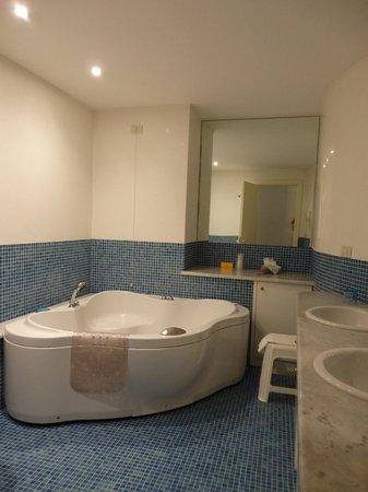 Locanda San Barnaba: spacieuse salle de bain
