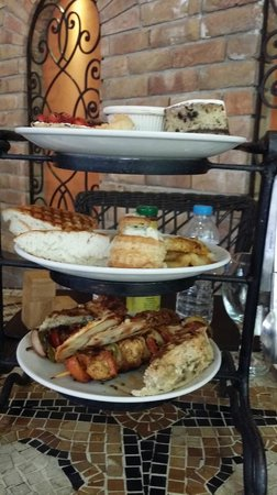 Tuscany Courtyard: The Tiffin