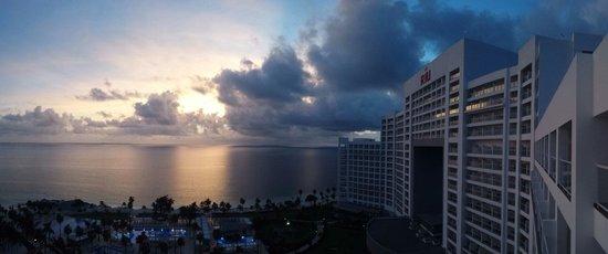 Hotel Riu Palace Peninsula : Lindo amanecer
