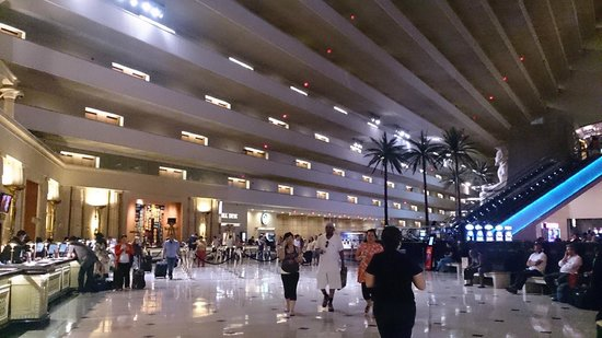 Luxor Las Vegas: Reception